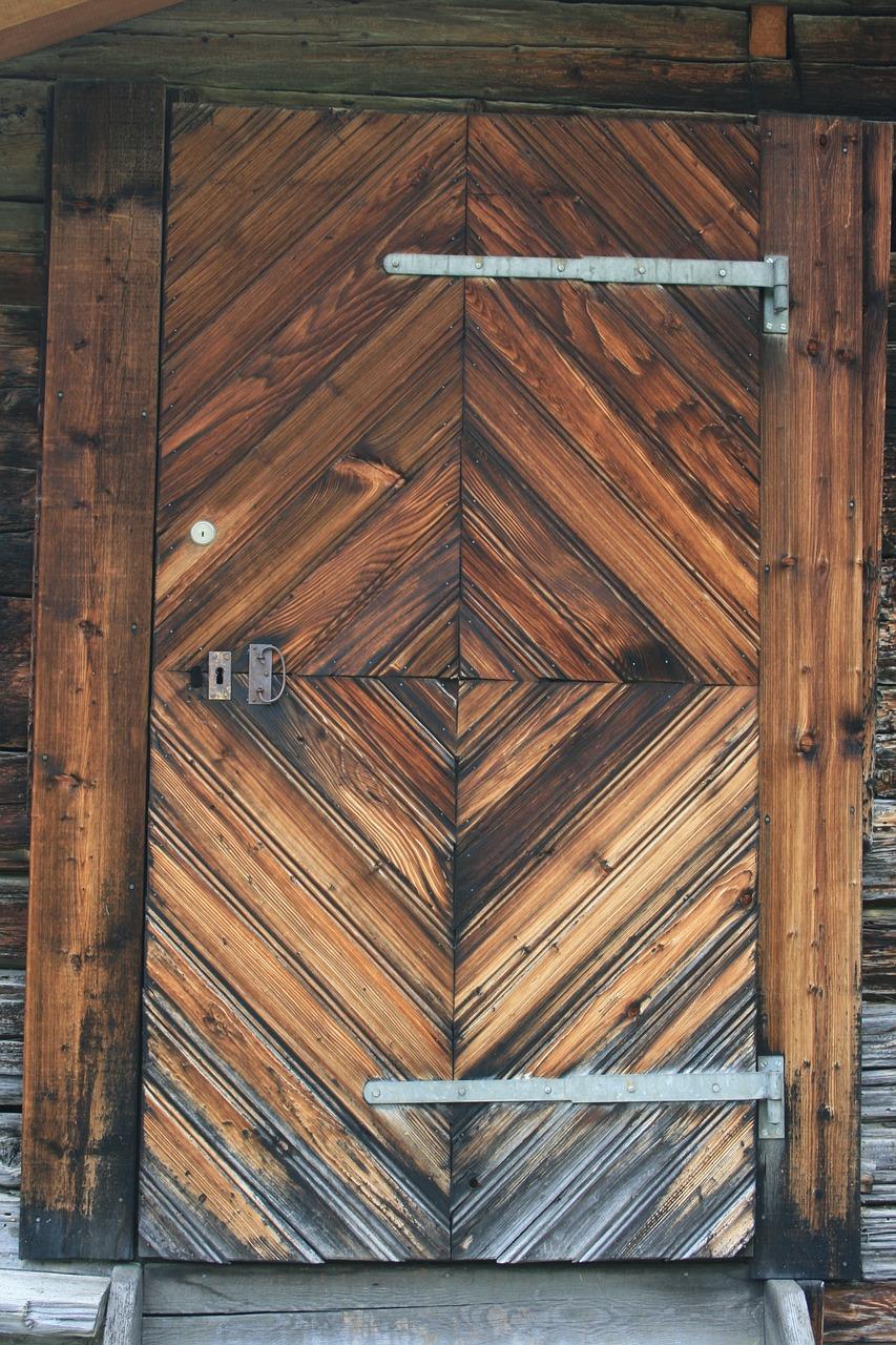 Дверь для сарая деревянная своими руками 410