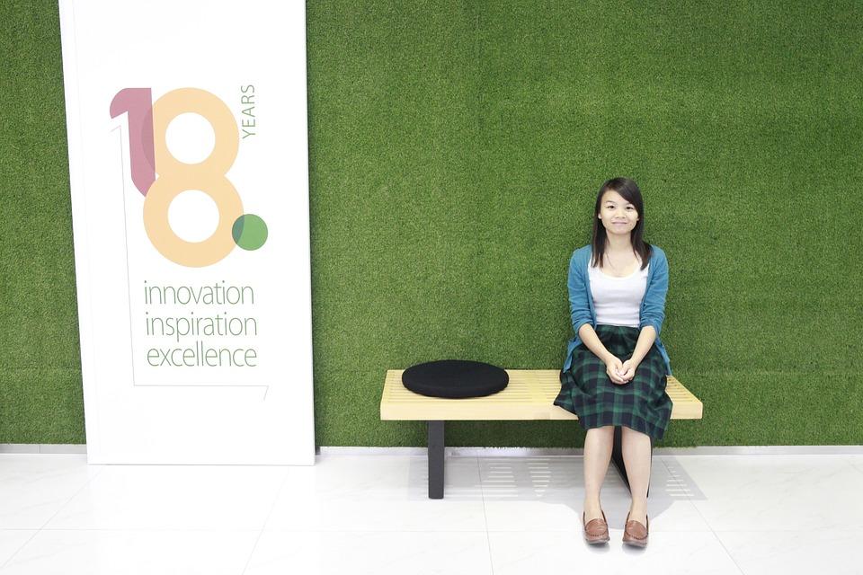 Girls, Green Background, Chinese Girls, 18, Background
