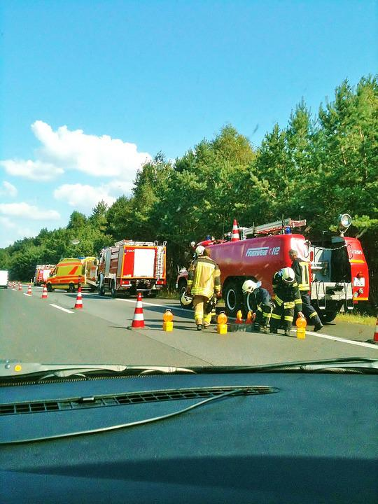 Free photo A11 Motorway Accident Ambulance Doctor On Call