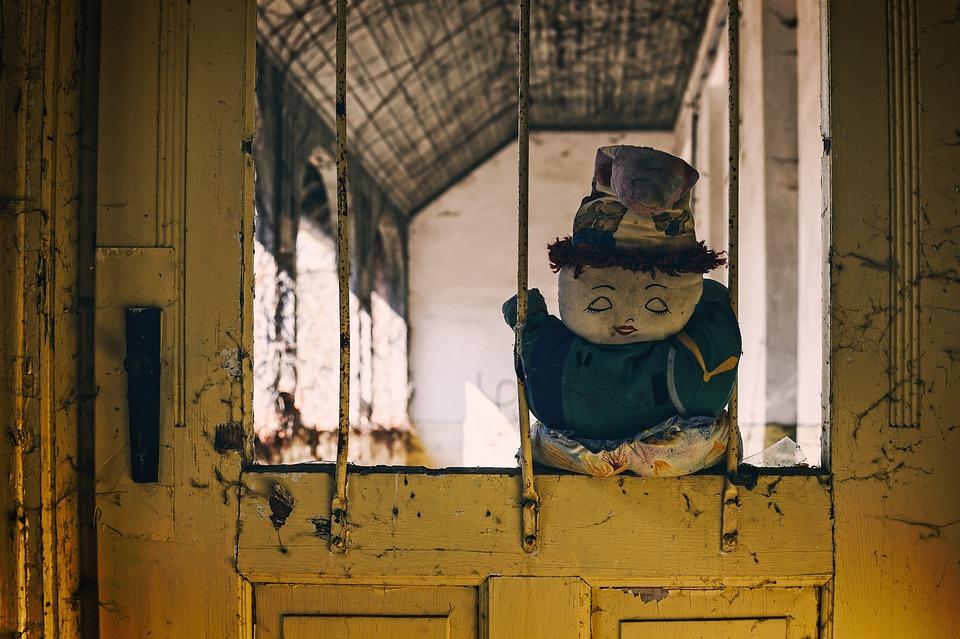 Door, Grid, Old Door, Abandoned Places, Lost Places