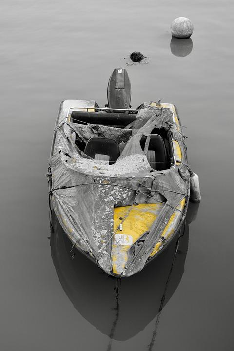Speedboat, Motorboat, Abandoned, Boat, Wreckage, Ocean