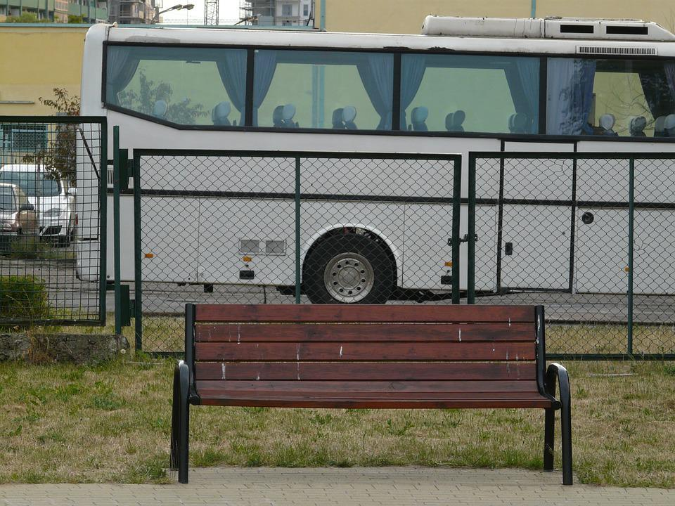 Coach, Bench, Bus, Abstraction, Composition