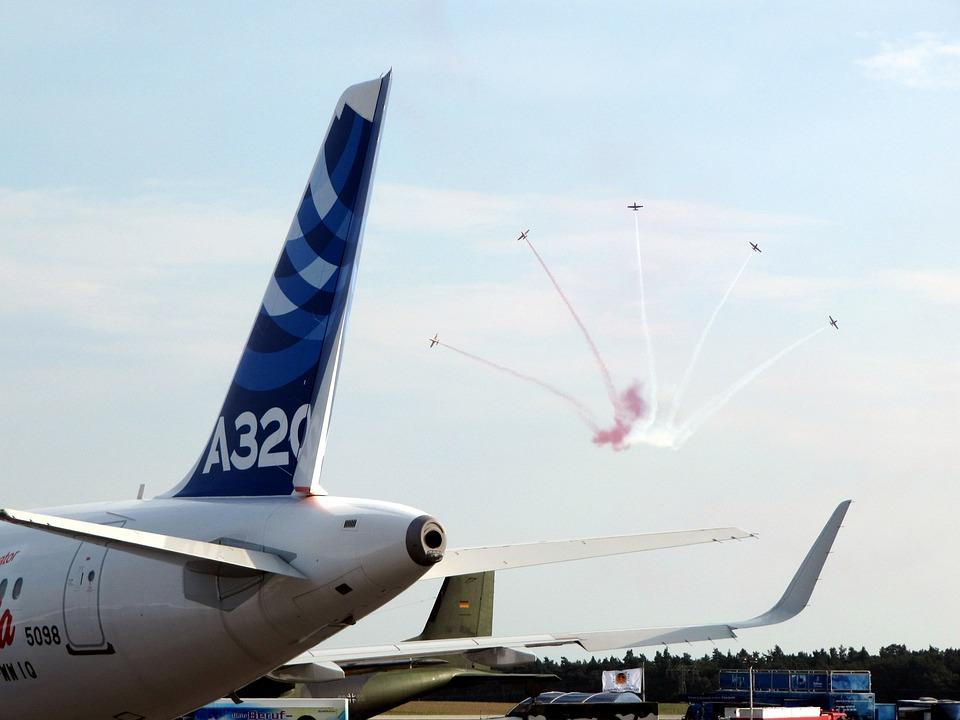 Air Show, Airbus, Acrobatics