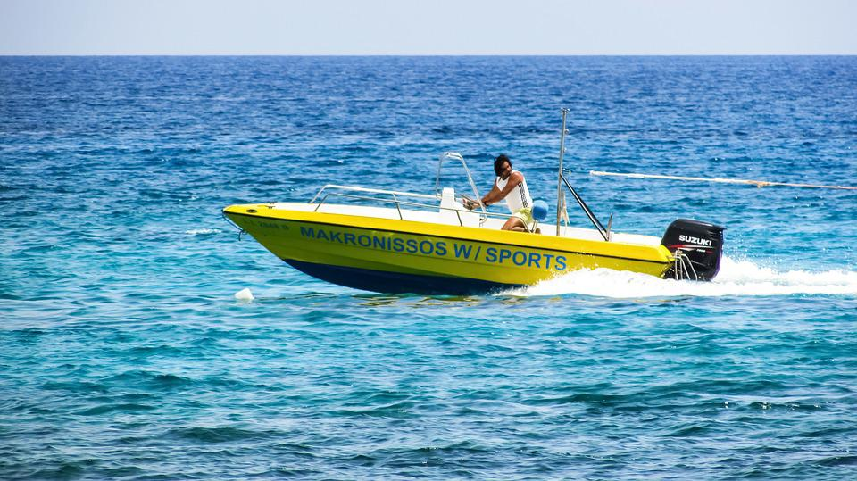 Speedboat, Watersports, Action, Vacation, Recreation