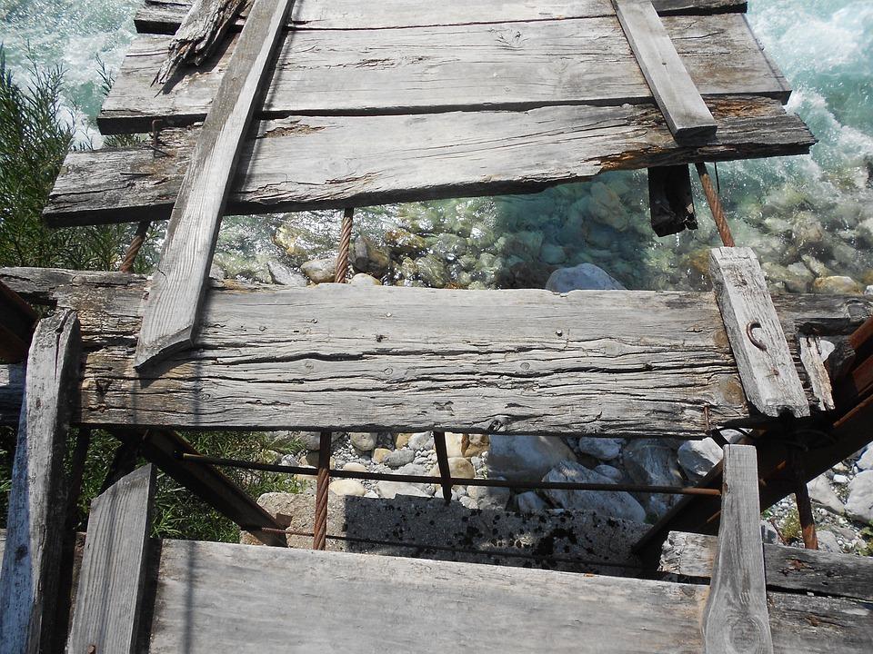 Broken Bridge, Adventure, Danger