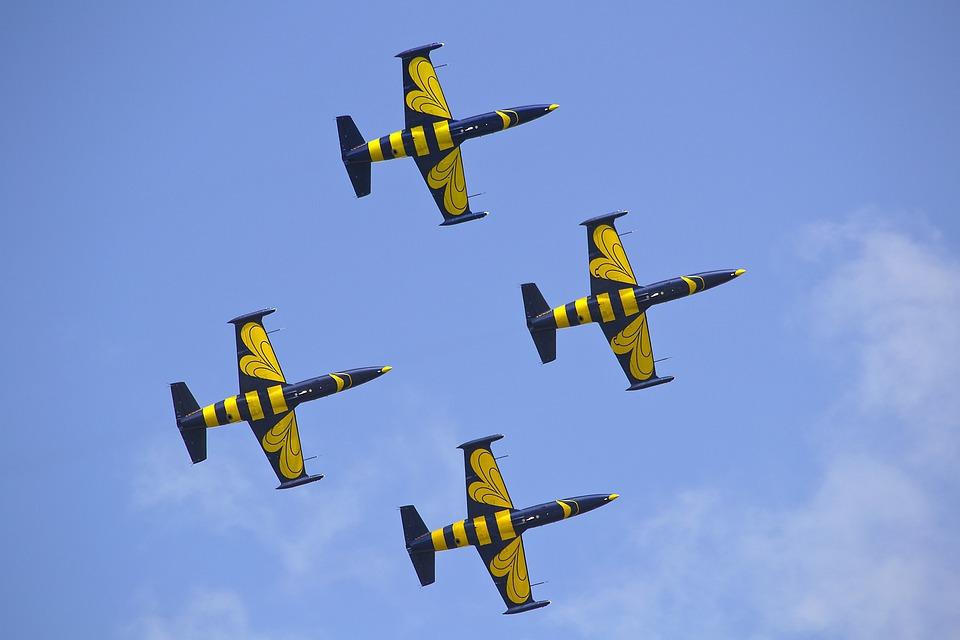 Aircraft, Air Show, Himmel, Blue Sky, Baltic Bees