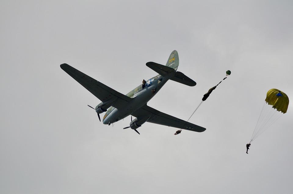 Airplane, Parachute, Aircraft, Plane, Air, Flight