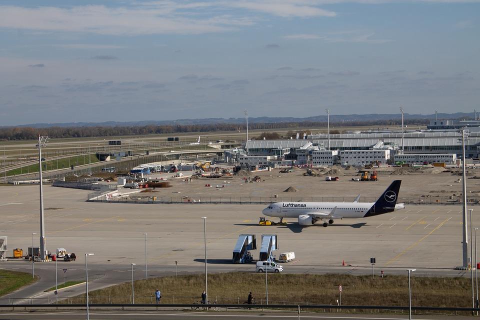 Aircraft, Munich, Airport, Lufthansa, Dubai, Wanderlust