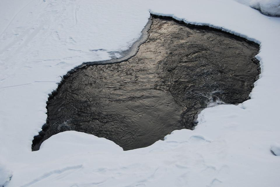 Airhole, Ice, Snow, Winter, Frost, Hole, Frozen