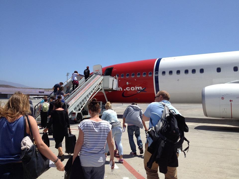 Passengers, Passenger Aircraft, Airliner, Airport