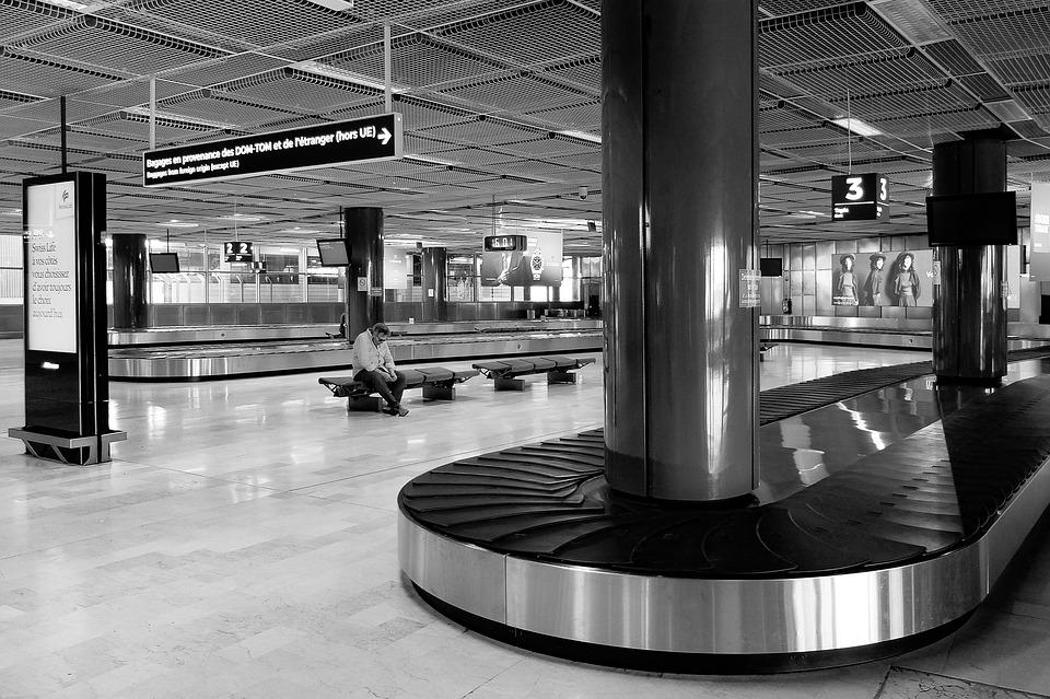 Airport, Terminal, Arrivals, Luggage Conveyor