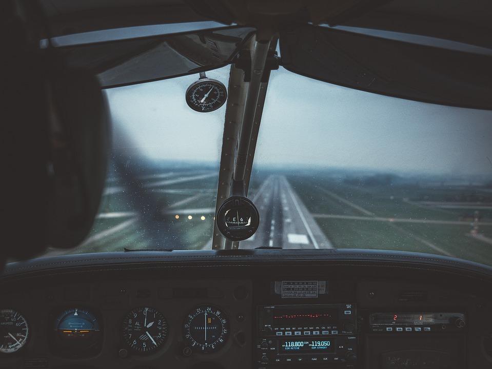 Pilot, Runway, Aircraft, Flying, Aviation, Airport