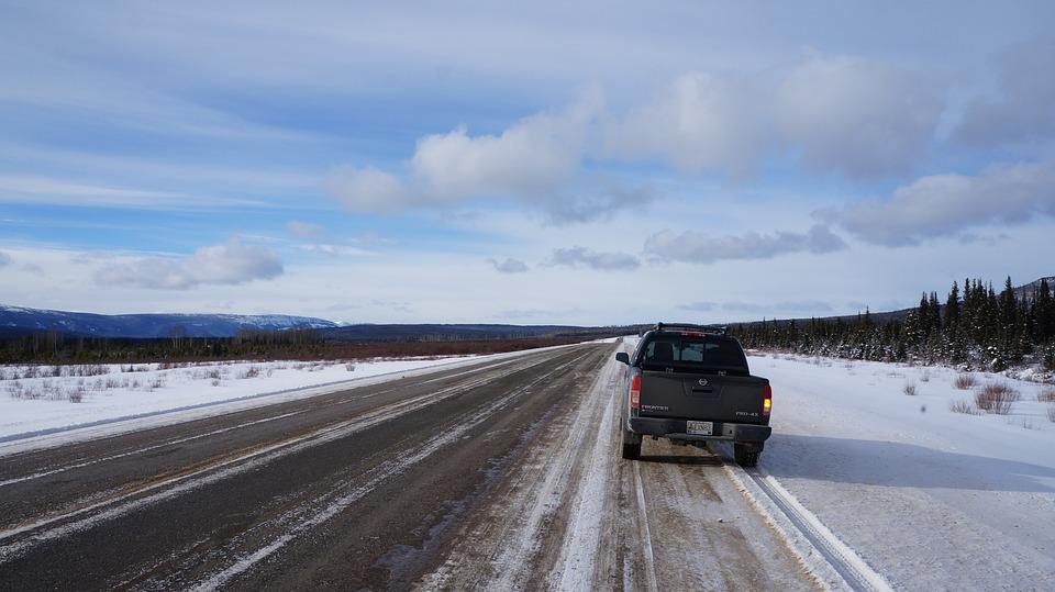 Alaska Highway, British Columbia, Snow