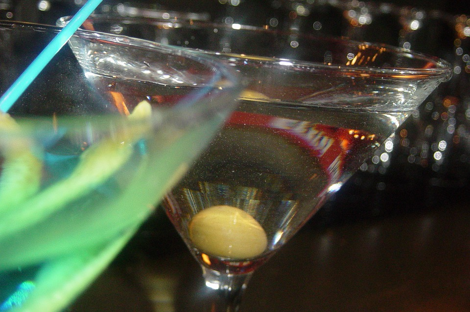 Martini, Alcohol, Cocktail, Vodka, Beverage