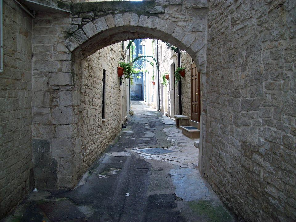 Alley, Historical Centre, Arc, Road, Tight, Small, Town