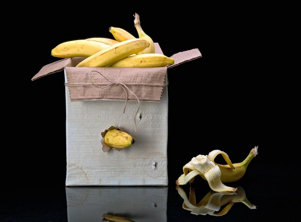 Box, Bananas, Reminiscence, Allusion, The Box Of Apples