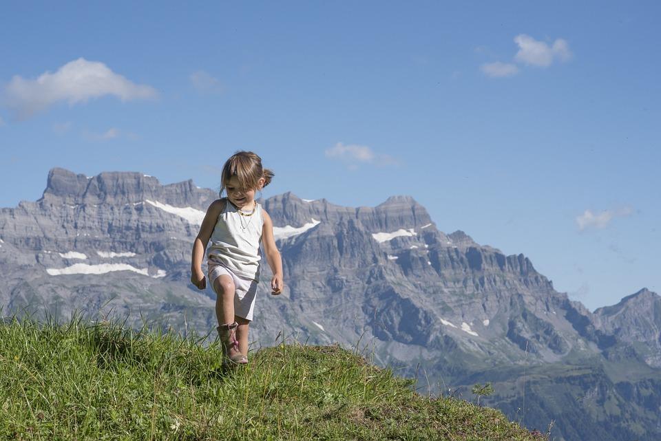 Alp, Canton Of Glarus, Mountains, Glarus, Girl