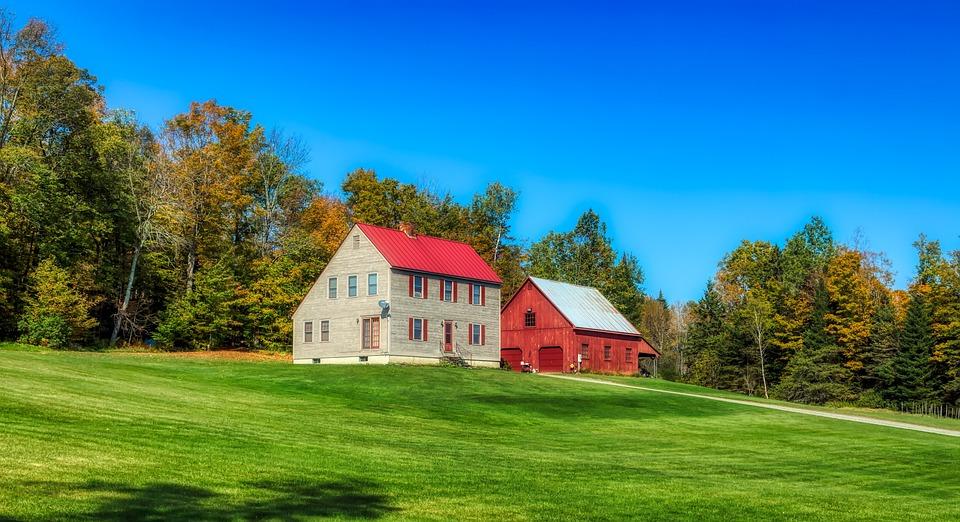 Saltbox House, Barn, Vermont, New England, America