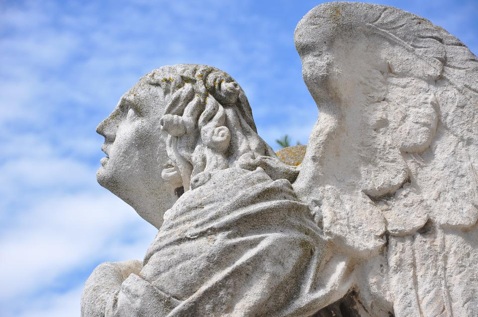 Angel, Religion, Avignon