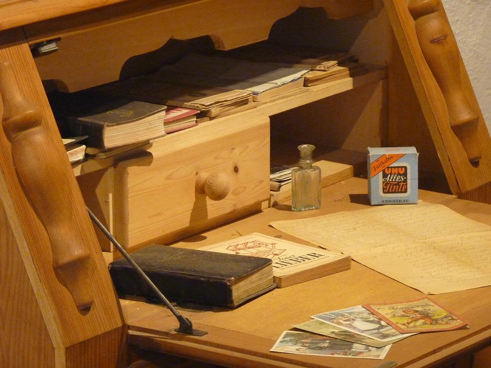 Desk, Old, Paper, Nostalgia, Arrangement, Antique - Free Photo Antique Desk Arrangement Old Nostalgia Paper - Max Pixel