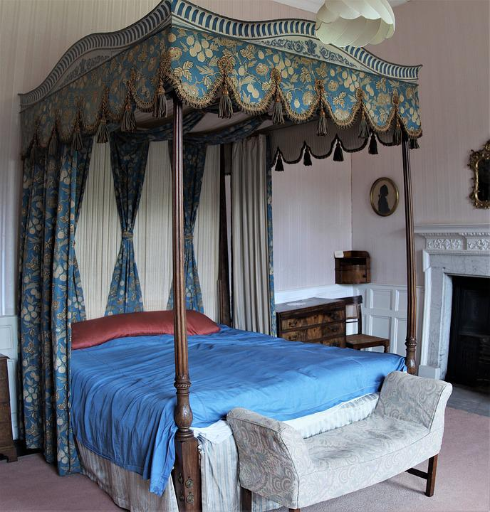Four Poster Antique Victorian Bed
