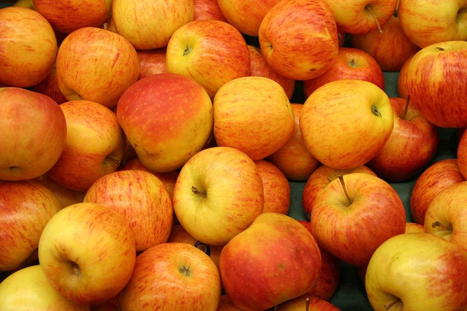 Apple, Fruit, Market, Apple Tree, Red, Vitamins, Frisch