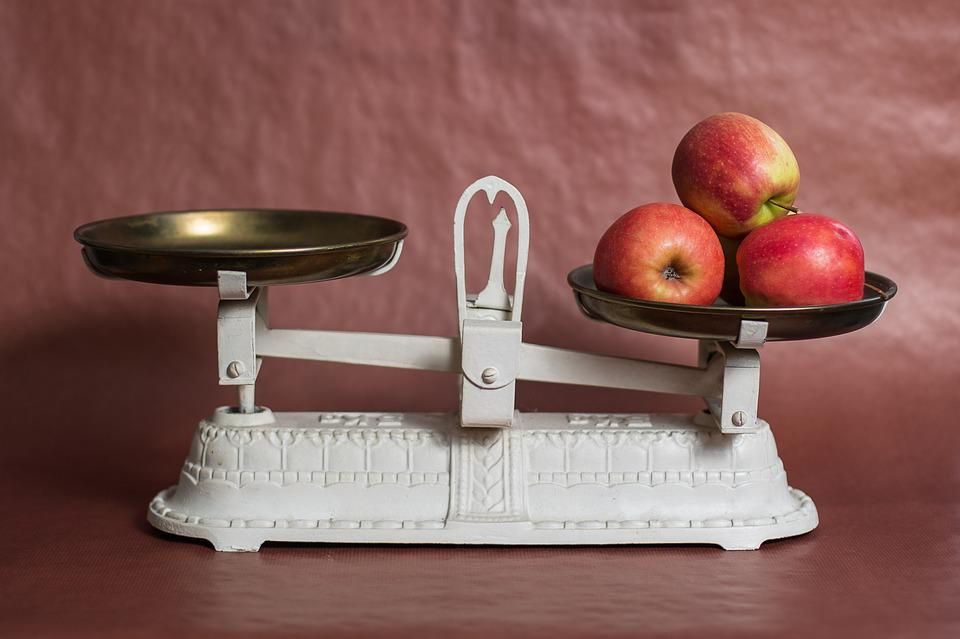 Horizontal, Apple, Weight Control, Weigh, Nutrition