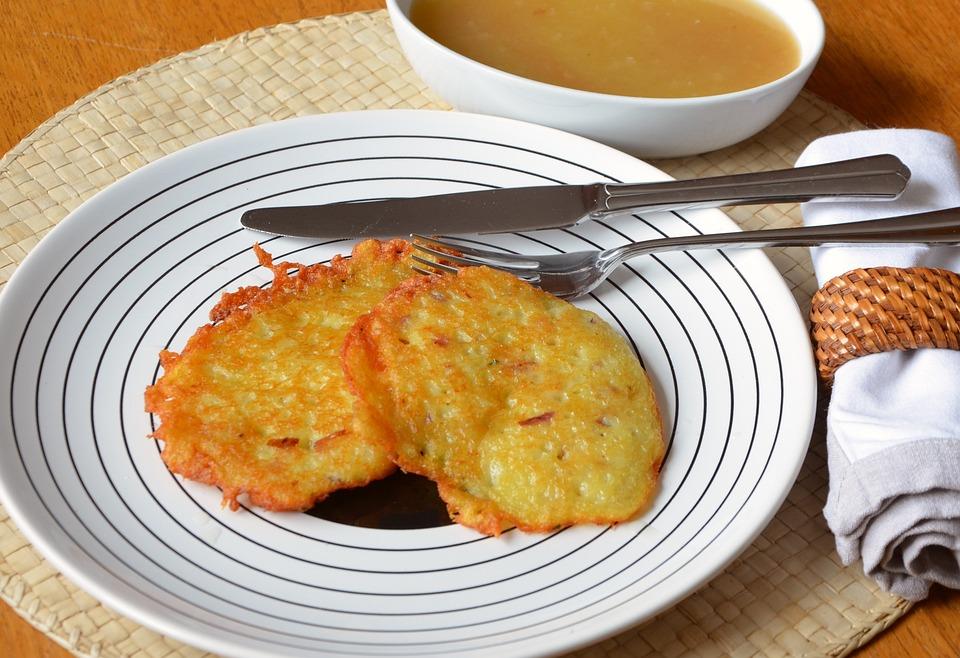 Kartoffelpuffer, Potato Fritter, Potato, Applesauce