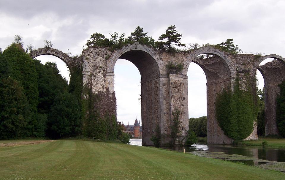 Golf, Yvelines, Aqueduct