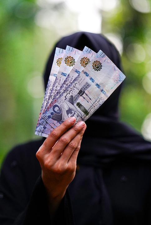 Women, Arabia, Credit Card, Immigrant