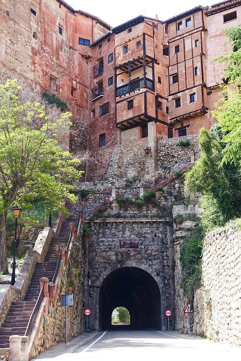 Albarracin, Aragon, Houses, Pretty, Roadway, Tunnel