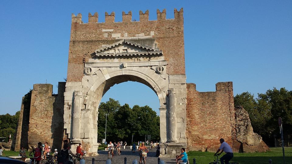 Rimini, Arc August, Roman Arch