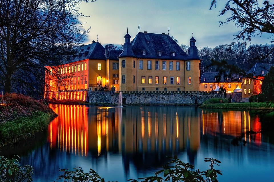 Castle, Moated Castle, Architecture, Historically