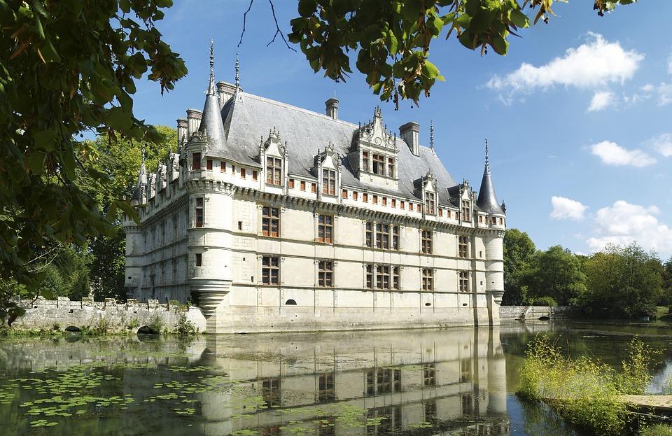 Château D'azay-le-rideau, Loire, France, Architecture