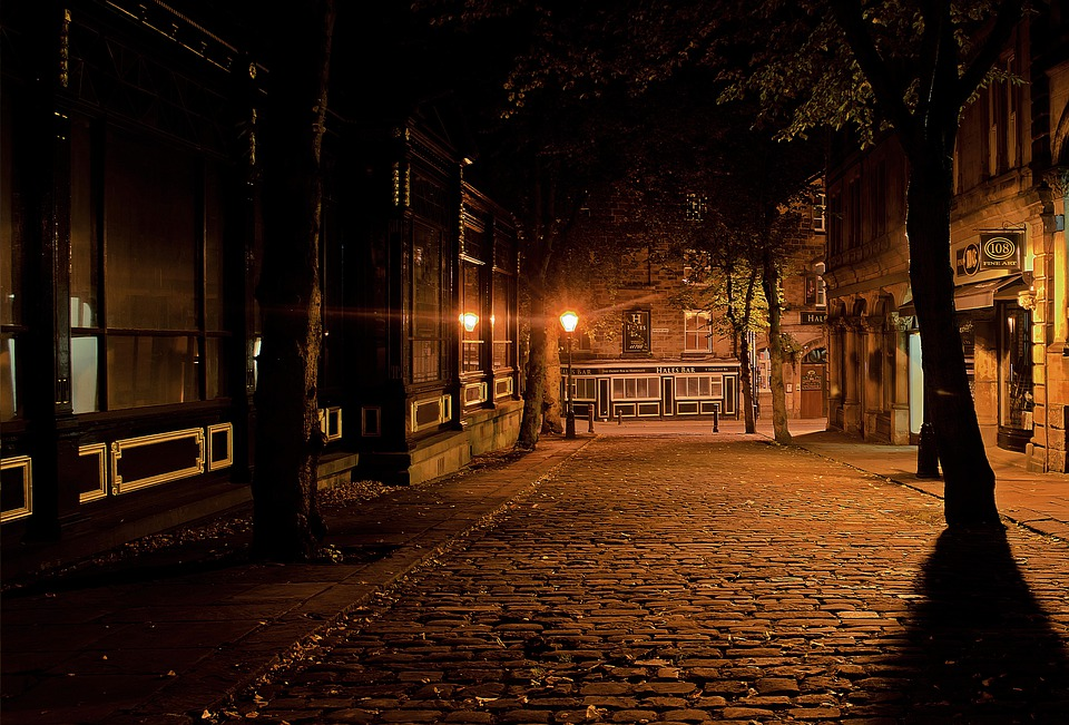 City, Night, Dark, Architecture, Lamps, Lighting, Eerie