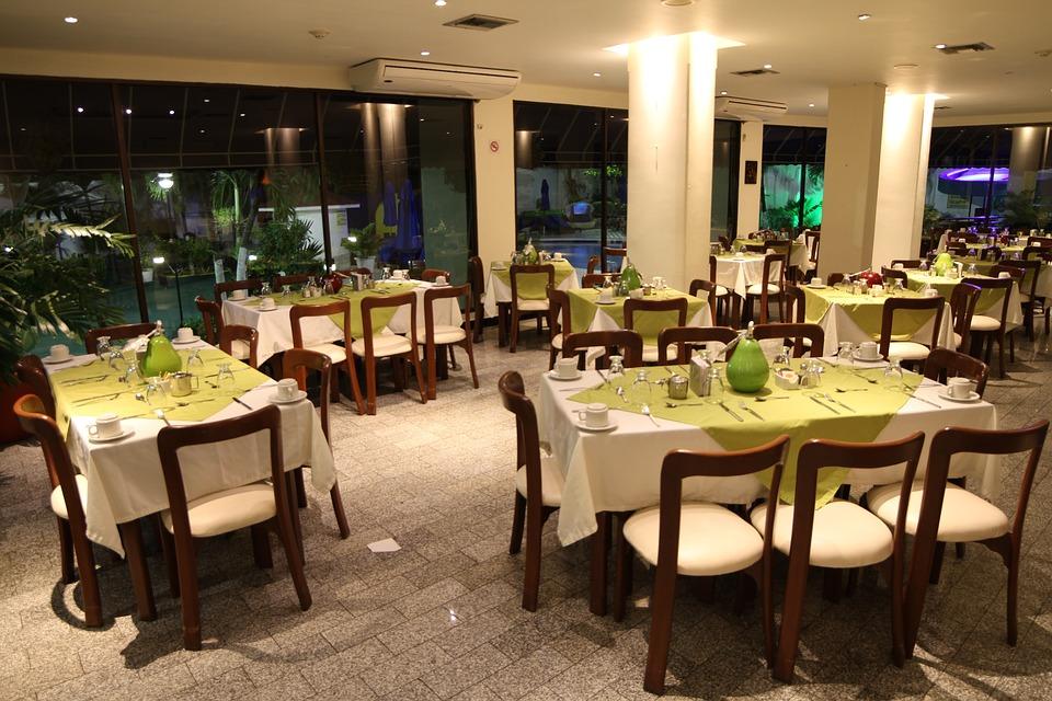 Spaces, Arena Blanca, Restaurant