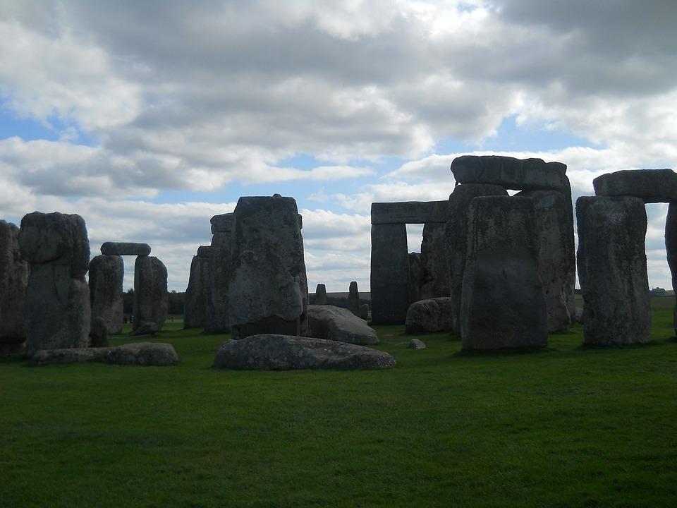 Meadow, Stones, Art, Rock, Green, Boulders, Stone Wall