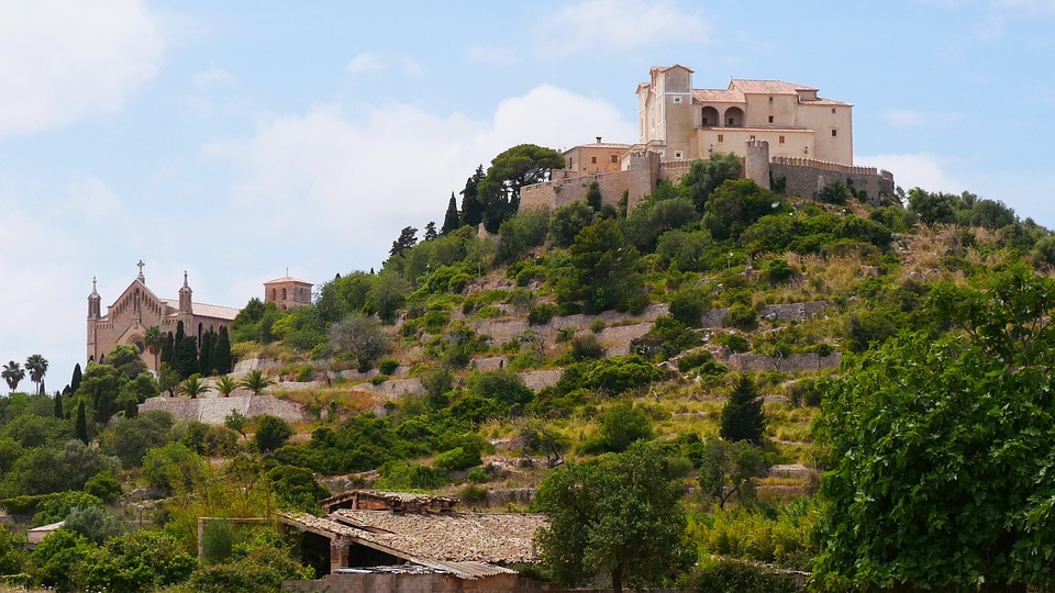 Artà, Mallorca, Castle, Church, Places Of Interest