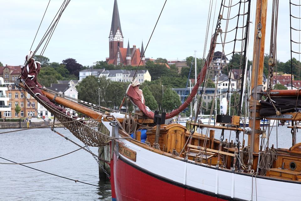 Dagmar Aaen, Arved Fuchs, Flensburg, St Jürgen, Port