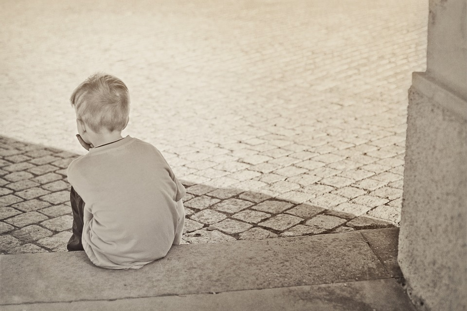 Lonely, Boy, Child, Sad, Black And White, Atmosphere