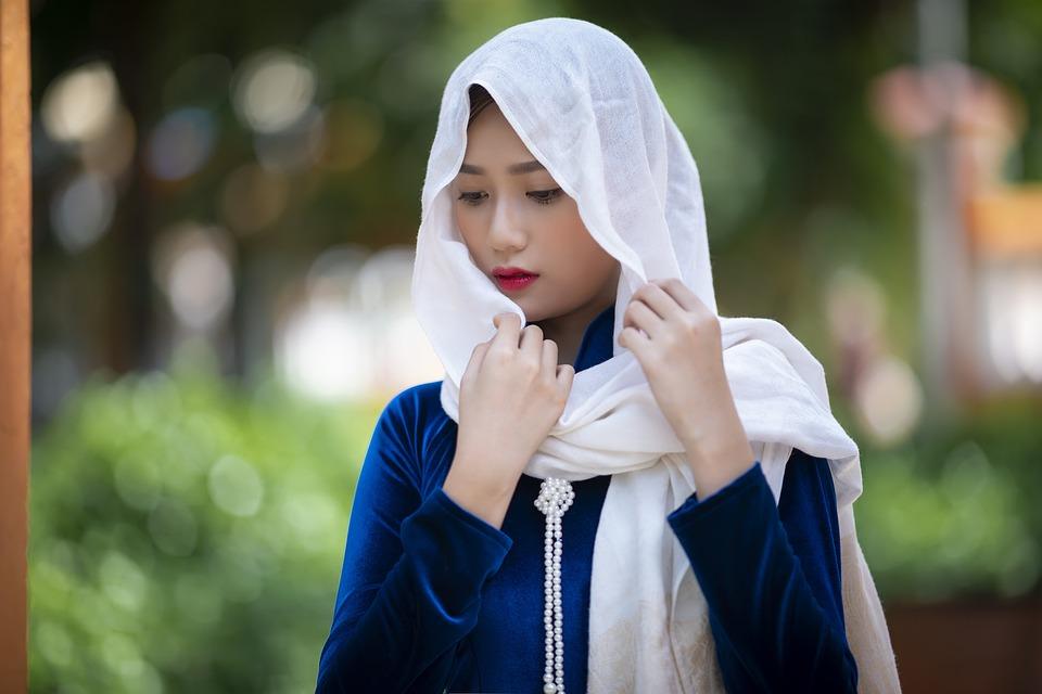 Ao Dai, Asian, Attractive, Beautiful, Beauty, Caucasian