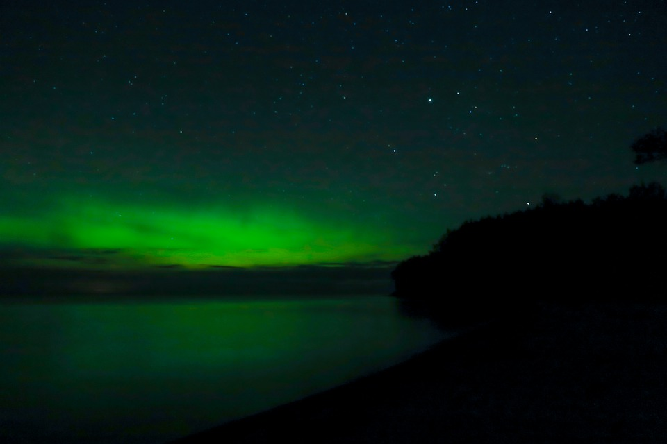 Aurora, Northern Lights, Lake, Night, Space, Atmosphere