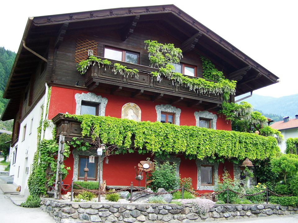 Alpine Old House, Doelsach, Austria