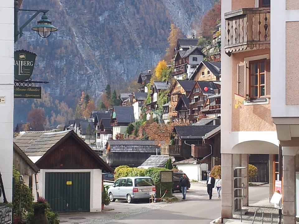 Hallstadt, Building, Austria, Mountains, Road, Streeet