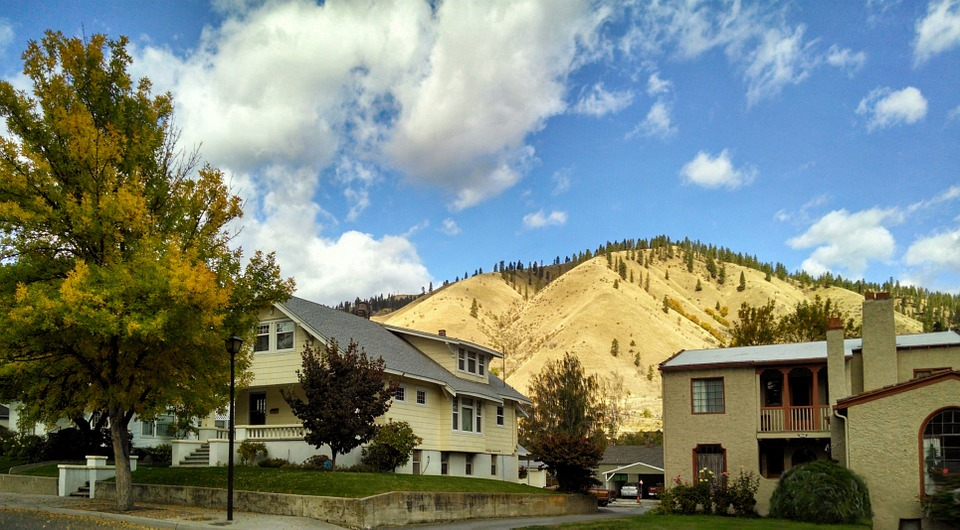 Cashmere Washington, Wenatchee Valley, Blue Sky, Autumn