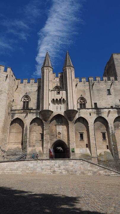 Avignon, Palais Des Papes, Gate, Machicolations
