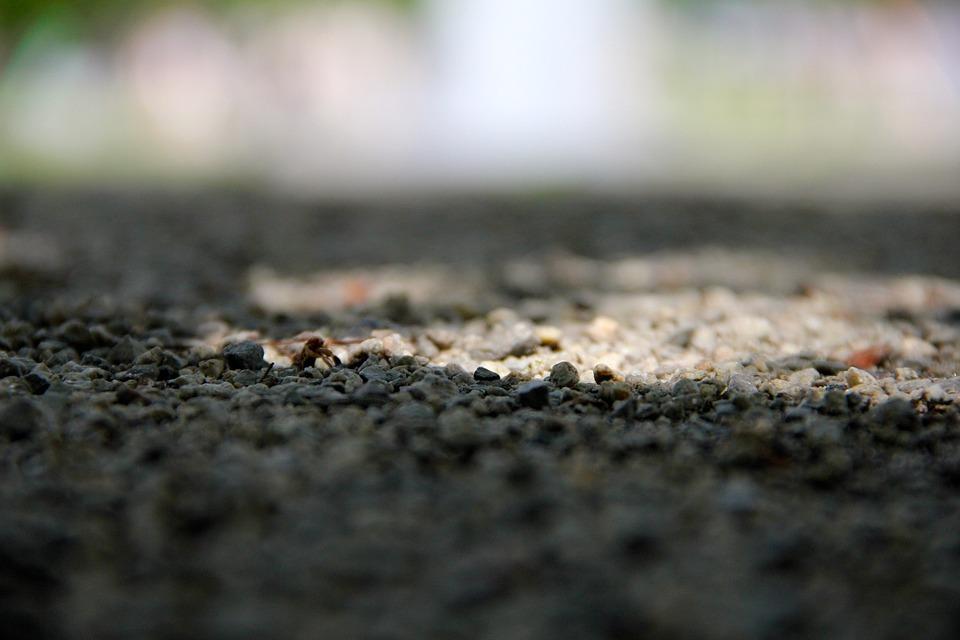 Pebble, Away, Steinchen