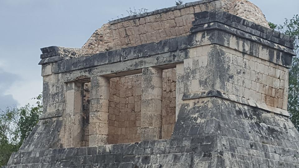 Chichen Itza, Cancun, Aztecs