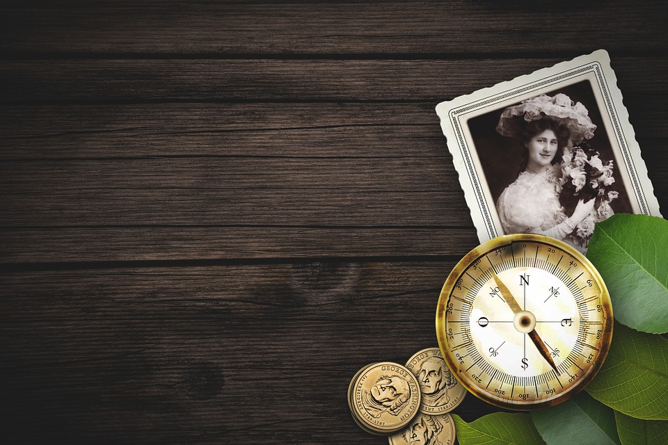 Old, Compass, Photo, Coin, Wood, Background, Vintage
