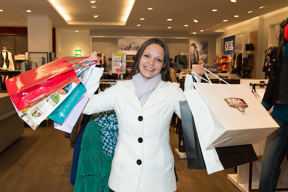 Woman, Shopping, Happy, Bags, Dresses, Andi Garba